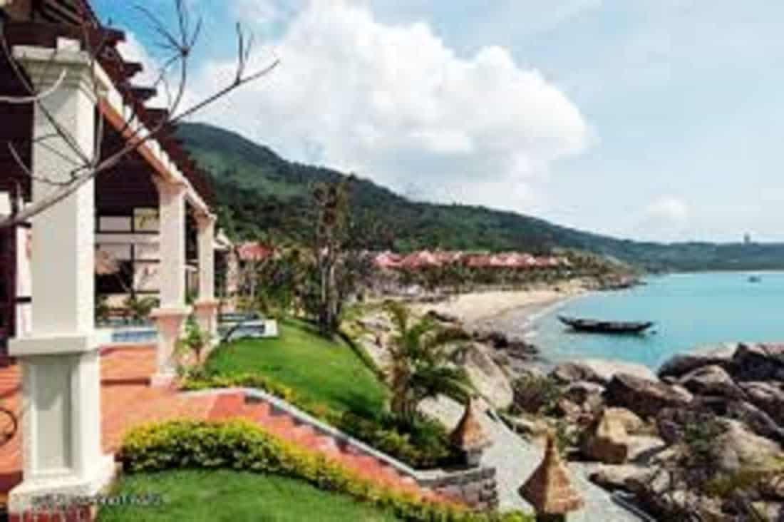 Best Da Nang Beachside Hotels